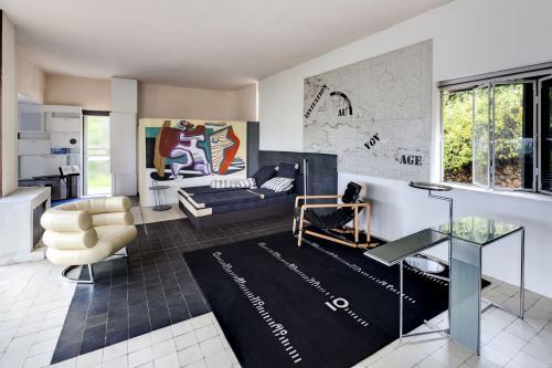 Interieur Villa E-1027 van Eileen Gray. Foto Manuel Bougot. Bron: Association Cap Moderne.