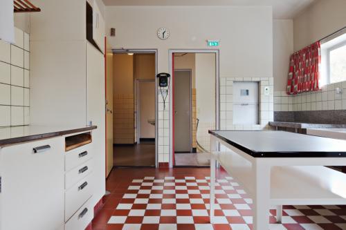 Keuken in Huis Sonneveld. Foto Johannes Schwartz.