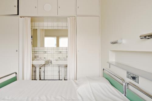 Gastenkamer in Huis Sonneveld. Foto Johannes Schwartz.
