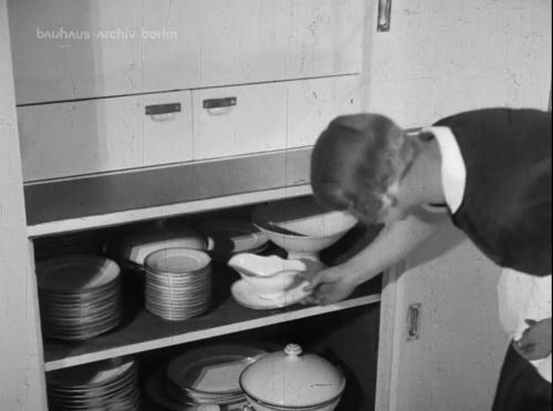 Still uit de film over het huis van Walter Gropius.