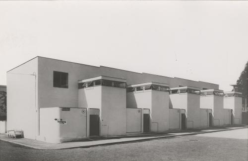 Huizenblok J.J.P. Oud. Weissenhofsiedlung Stuttgart. Collectie Het Nieuwe Instituut. OUDJ ph409