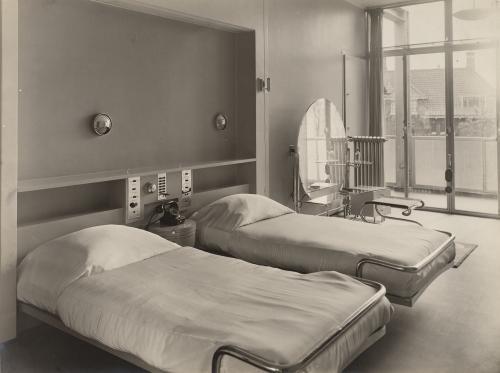 Brinkman en Van der Vlugt. Huis van der Leeuw. Collectie Het Nieuwe Instituut, TENT o752